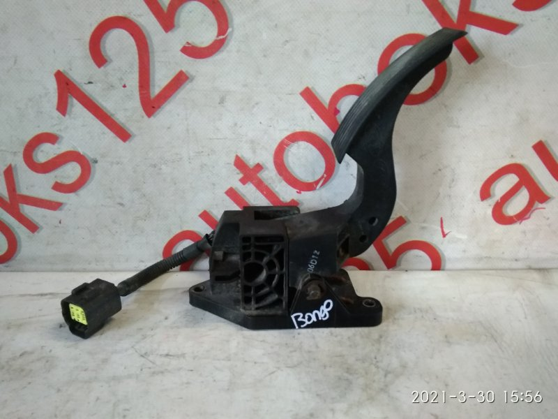 Педаль газа Kia Bongo PU J3 2007