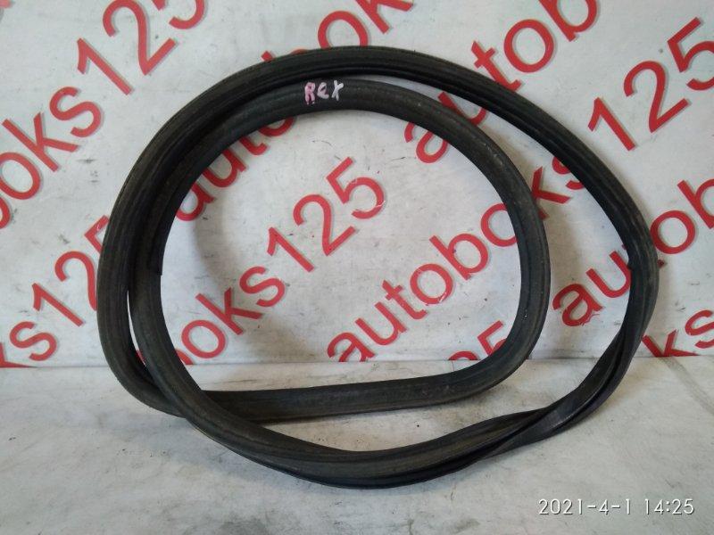 Уплотнительная резинка Ssangyong Rexton 2004 задняя