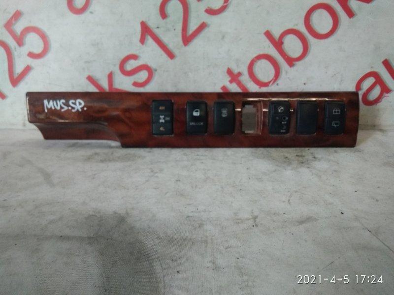 Кнопка включения 4wd Ssangyong Musso Sports FJ OM662 (662 920) 2003