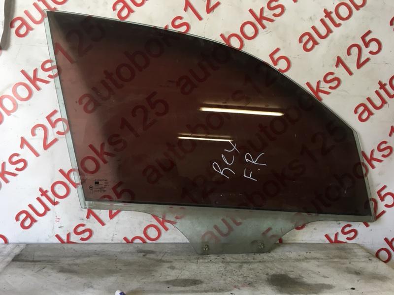 Стекло двери Ssangyong Rexton 2004 переднее правое