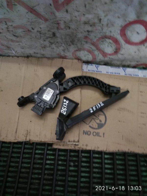 Педаль газа Kia Sorento XM 2013