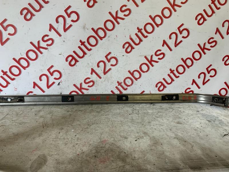 Направляющая двери Hyundai Grand Starex TQ D4CB 2009 правая
