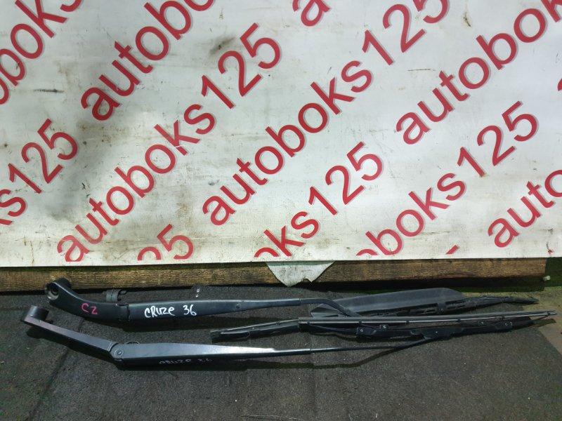 Держатель щетки стеклоочистителя Chevrolet Cruze J300 F18D4 2010