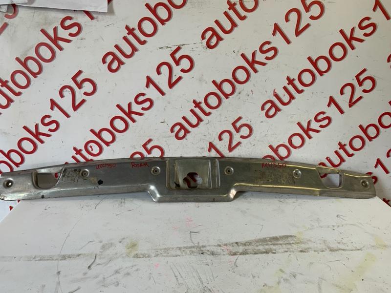 Накладка замка багажника Ssangyong Musso OM662 (662 910) 2003