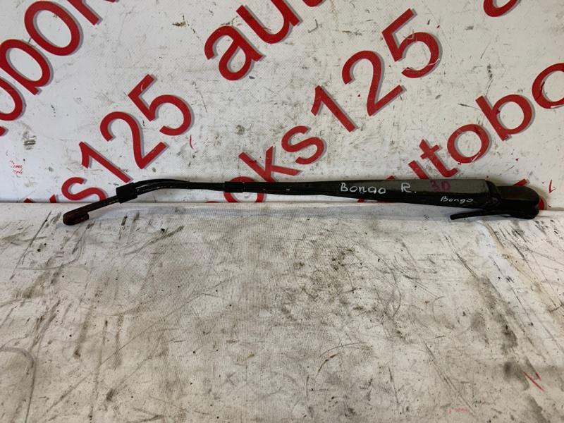 Держатель щетки стеклоочистителя Kia Bongo PU J3 2007 правый