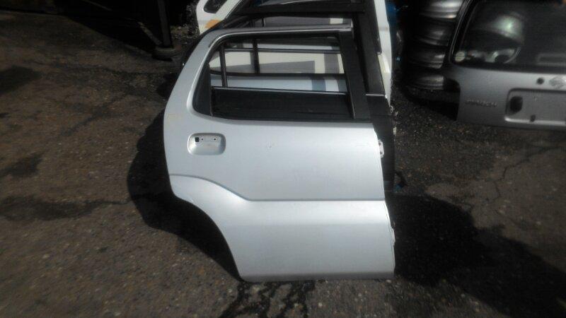 Дверь Suzuki Chevrolet Cruze HR82 M15A задняя правая