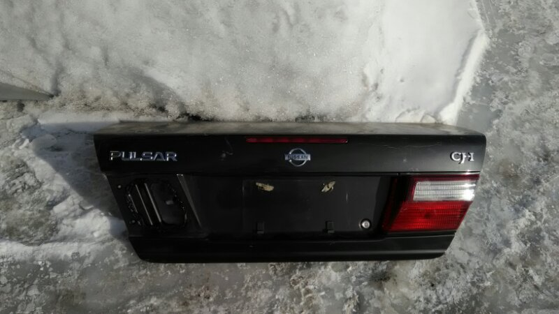 Крышка багажника Nissan Pulsar FN15 GA15 задняя