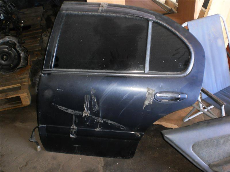 Дверь Nissan Cefiro A32 задняя левая