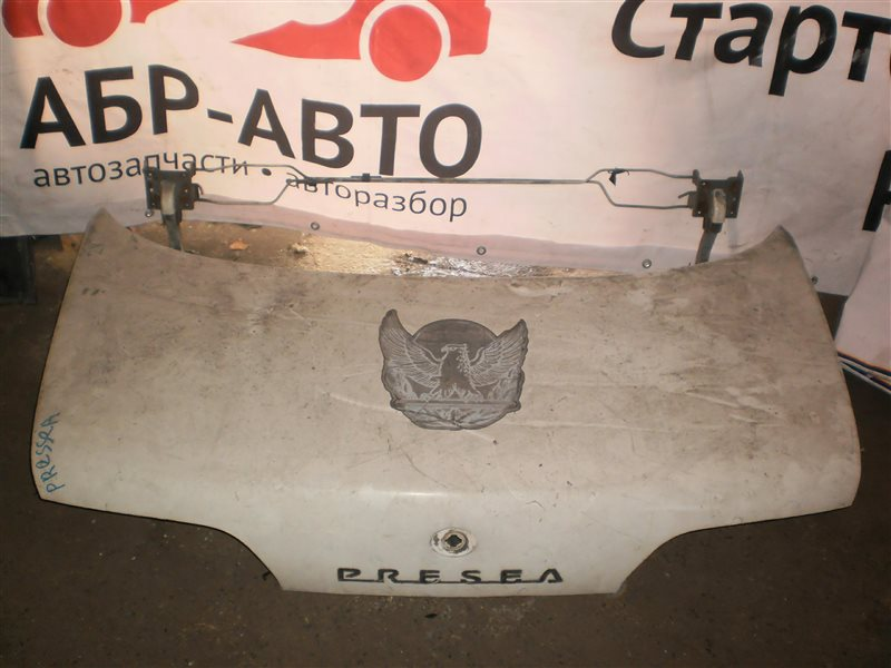 Крышка багажника Nissan Presea R10