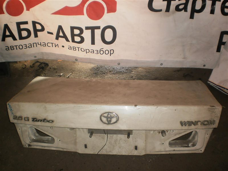 Крышка багажника Toyota Windom 20
