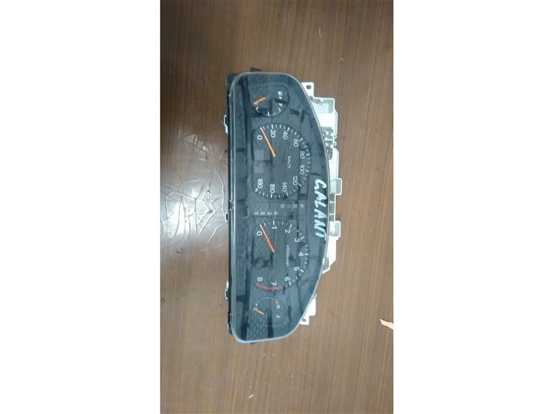 Панель приборов Mitsubishi Galant EC1A 4G93