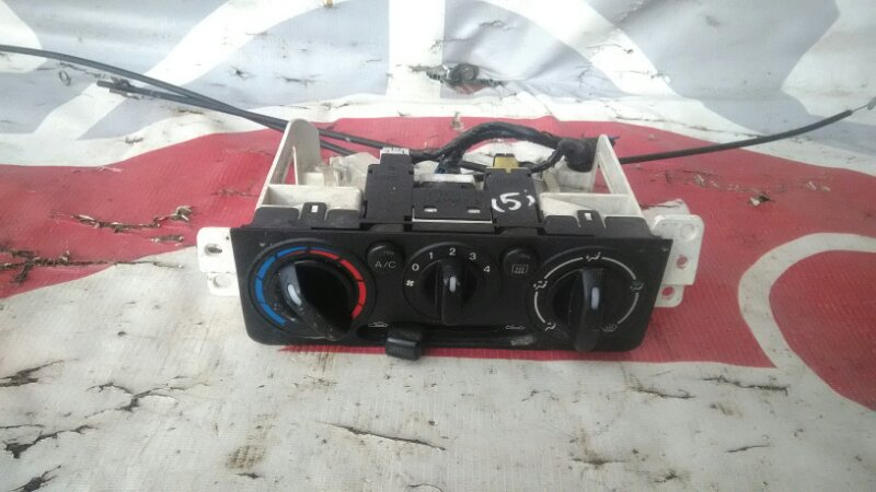 Блок управления климат-контролем Mazda Demio DW3W B3