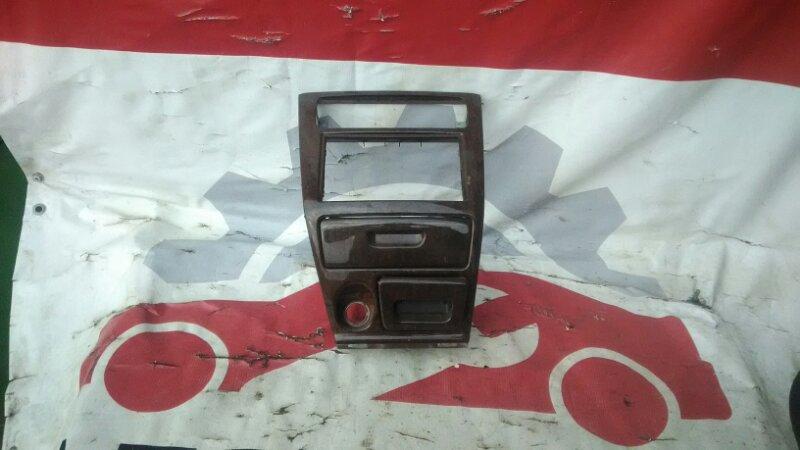 Рамка магнитофона Mitsubishi Galant EC1A 4G93