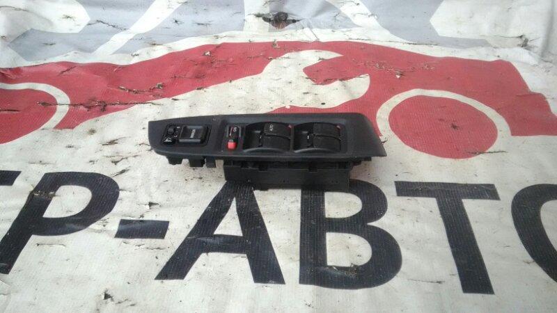 Блок управления стеклоподъемниками Honda Accord CF4 F18B передний правый