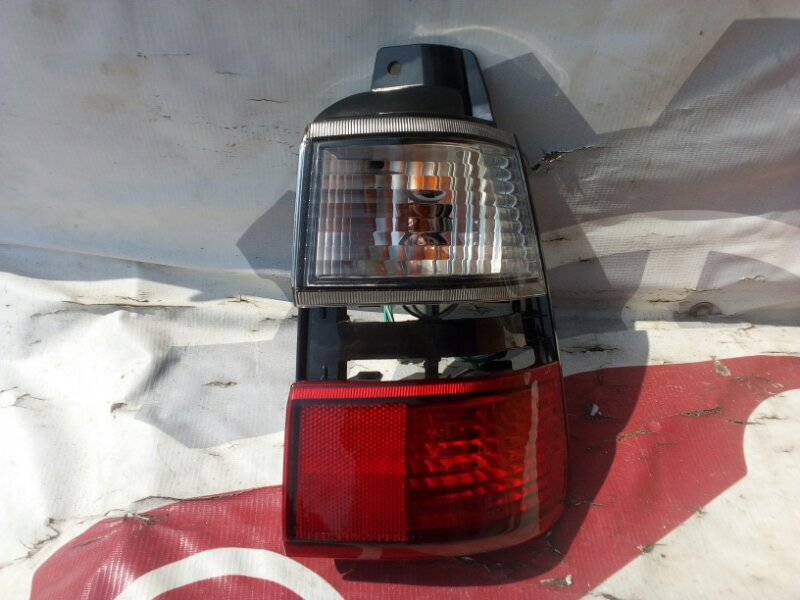 Стоп-сигнал Toyota Corolla AE100 91 задний правый