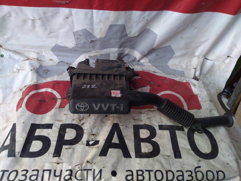 Корпус воздушного фильтра Toyota Vitz SCP10 2SZ