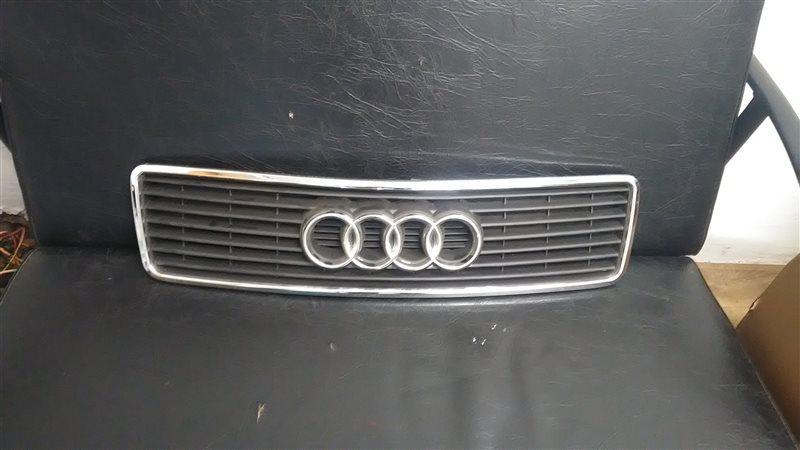 Решетка радиатора Audi 100 C4