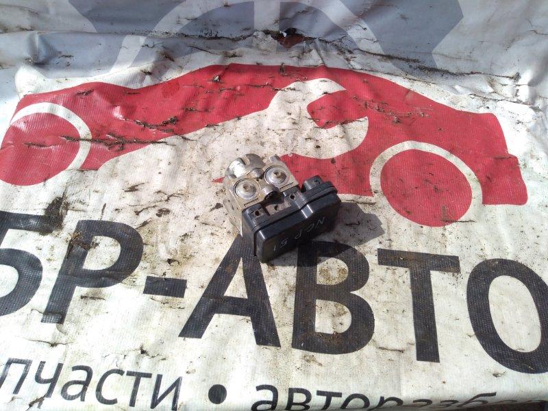 Блок управления abs Toyota Succeed NCP51 1NZFE 2011