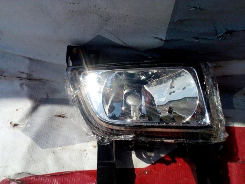 Туманка Mazda Familia BJ 98 передняя правая