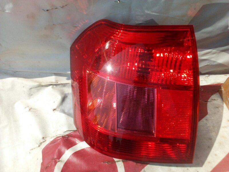 Стоп-сигнал Toyota Corolla NZE121 01 задний правый