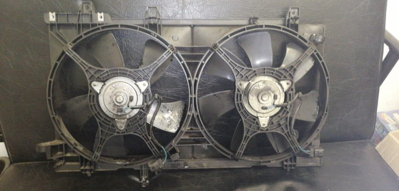 Диффузор радиатора Subaru Forester SG5 EJ20 2005