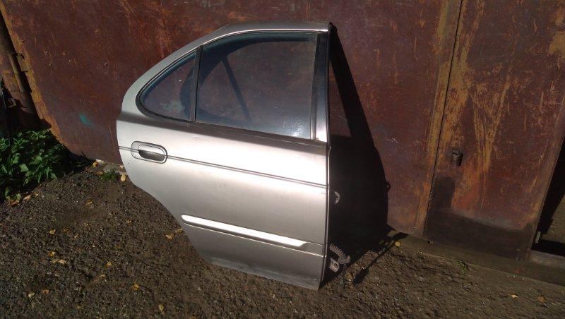 Дверь Nissan Sentra задняя правая