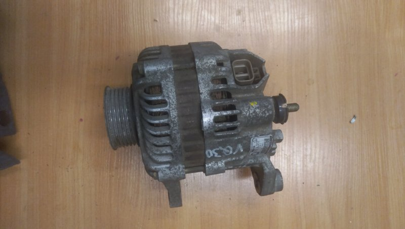 Генератор Nissan Cedric Y34 VQ30 2001