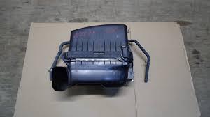 Корпус воздушного фильтра Toyota Corolla Axio
