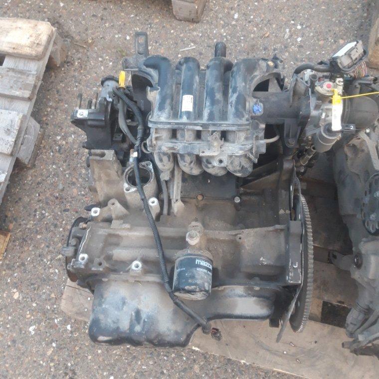 Двигатель Mazda Demio DY ZJ