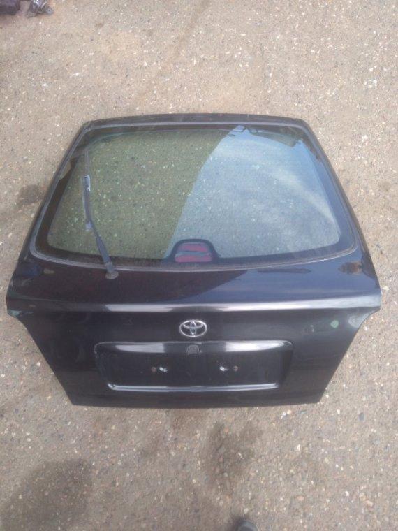 Крышка багажника Toyota Avensis 220 3S 1999 задняя