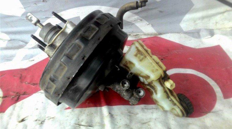 Главный тормозной цилиндр Ford Focus CB8 PNDA 2012