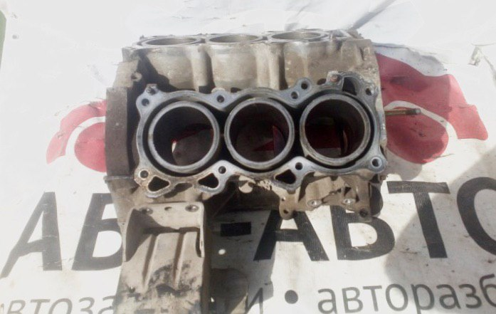 Блок цилиндров Nissan Teana J31 VQ23DE