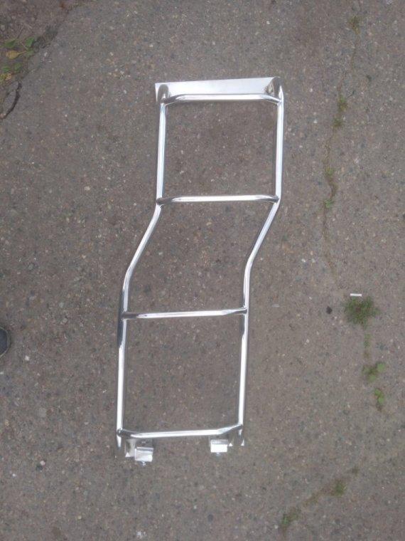 Задняя лестница Mitsubishi Pajero задняя