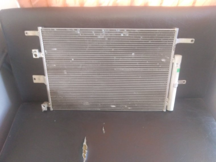 Радиатор кондиционера Chery Tiggo передний