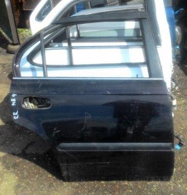 Дверь Honda Domani MB4 D16A задняя правая
