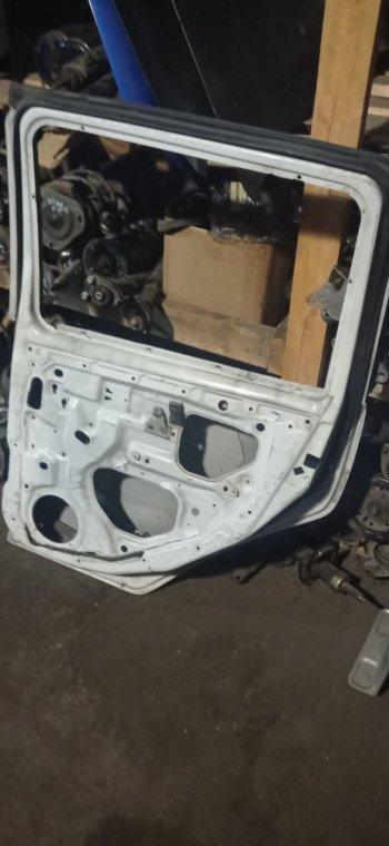 Дверь Nissan Cube AZ10 задняя правая