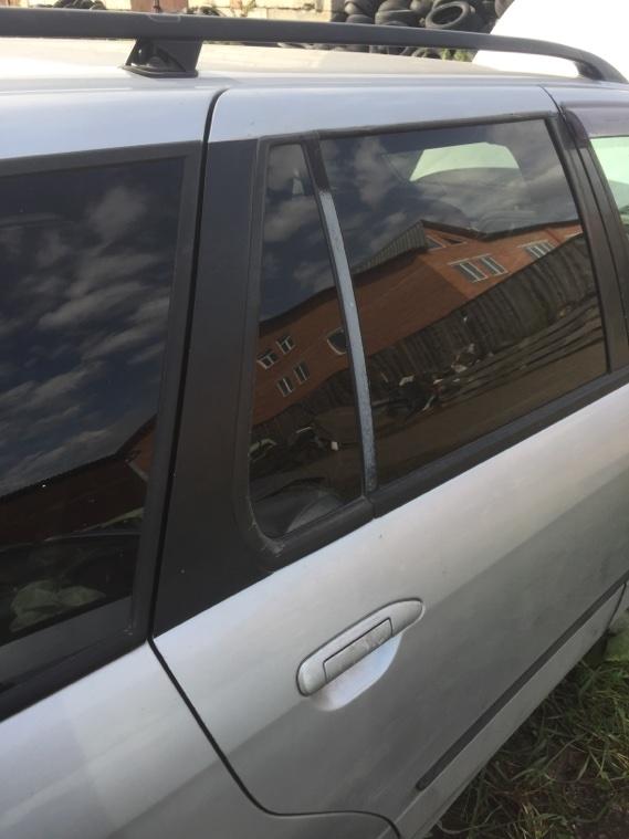 Дверь Nissan Primera WHP11 SR20DE 1997 задняя правая