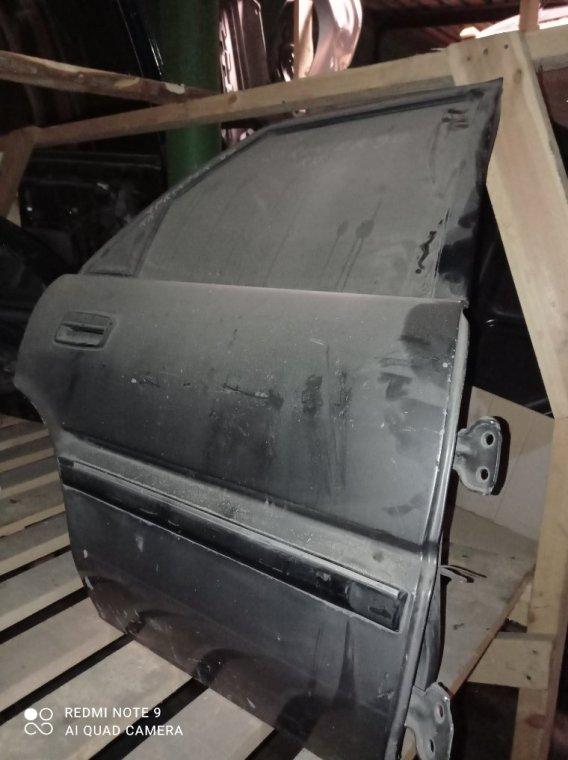 Дверь Toyota Sprinter 90 задняя правая