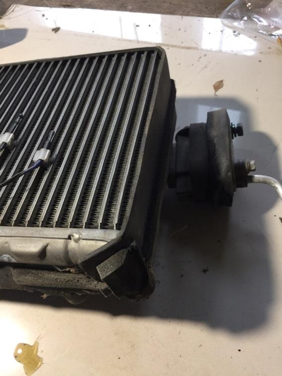Радиатор кондиционера Nissan Primera WHP11 SR20DE 1997