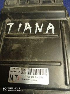 Блок управления двигателем Nissan Teana J31 VQ23