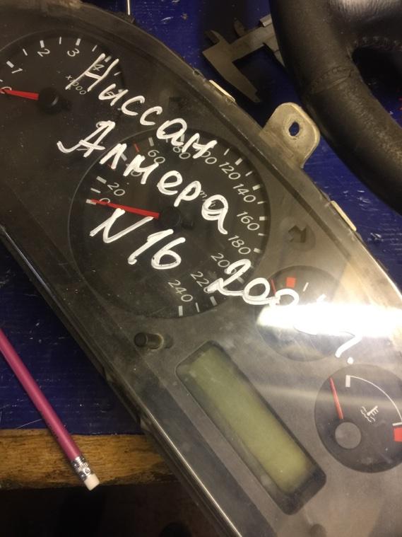 Панель приборов Nissan Almera N16 QG15DE 2000