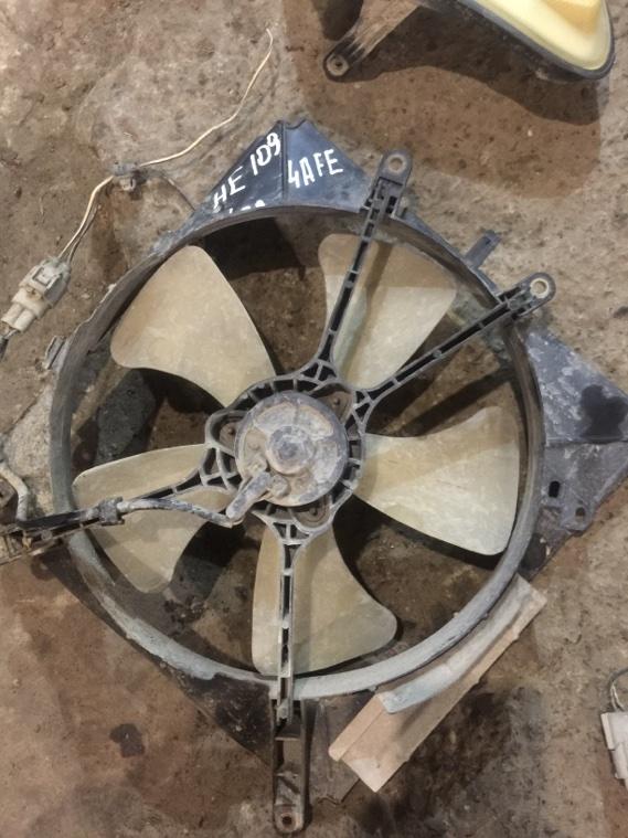 Диффузор радиатора Toyota Corolla AE109 4AFE 91