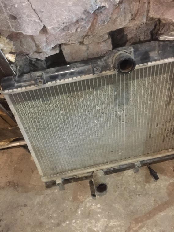 Радиатор охлаждения двигателя Toyota Corolla AE109 4AFE 91