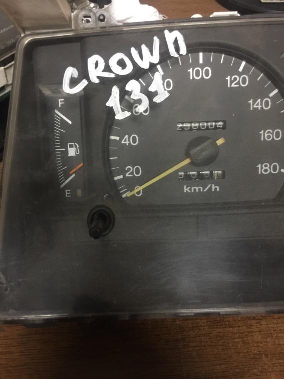 Панель приборов Toyota Crown 130