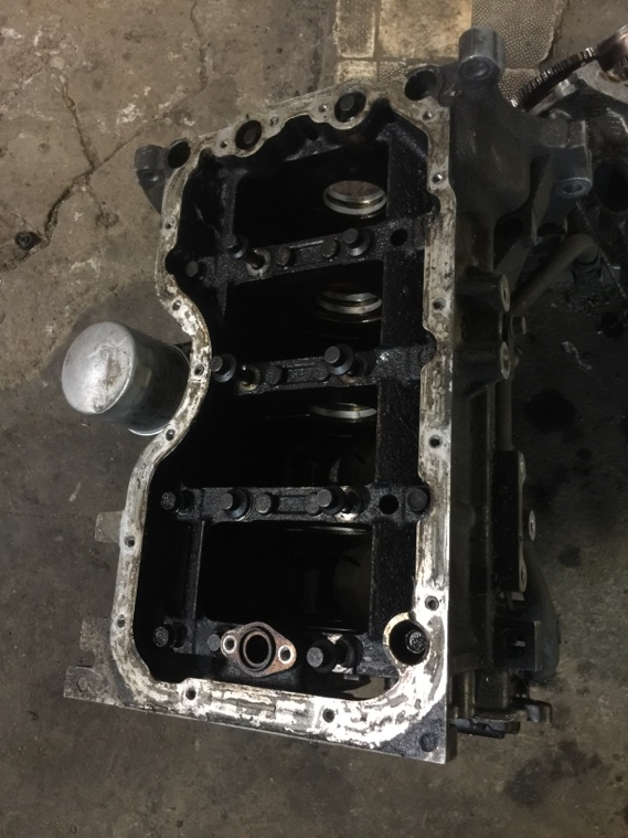 Блок цилиндров Mazda Demio ZJ