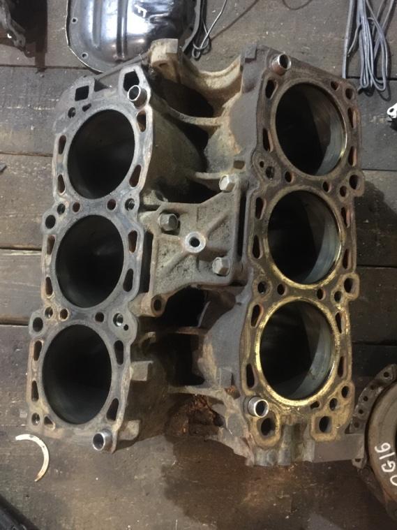 Блок цилиндров Mitsubishi F31A 6G72