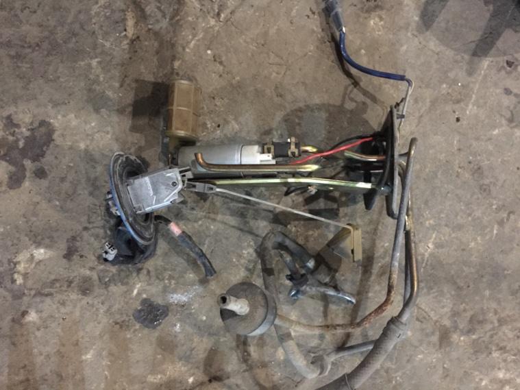 Топливный насос Toyota JZX81 1JZGE