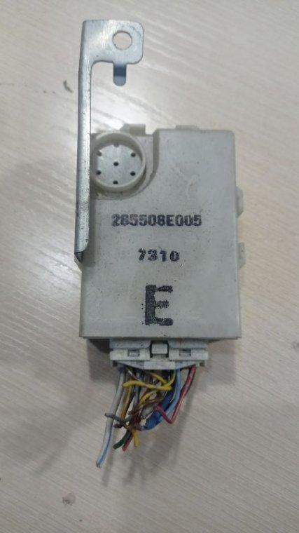 Электронный блок Nissan Bluebird