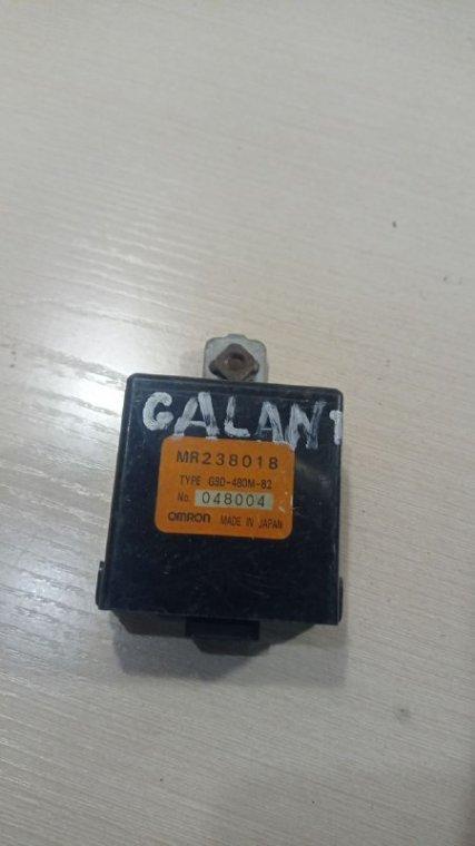 Блок управления центральным замком Mitsubishi Galant