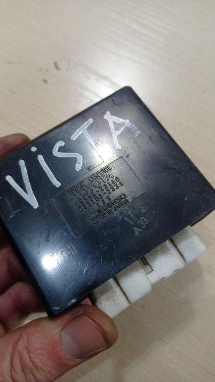 Блок управления стеклоочистителями Toyota Vista